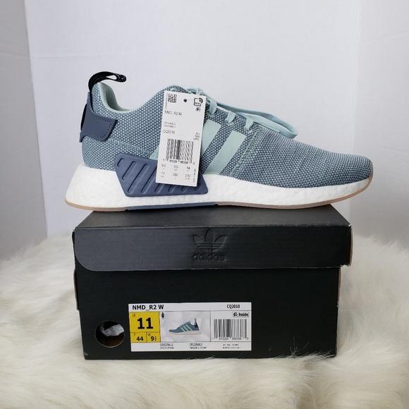 separation shoes d8585 12d14 adidas NMD R2 Light Blue